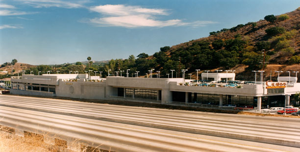 Weiser architects commercial calabasas for Mercedes benz of calabasas ca